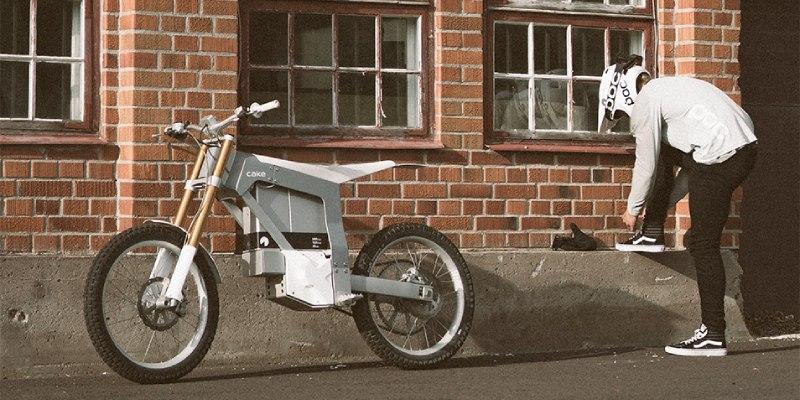 cake moto eléctrica de montaña